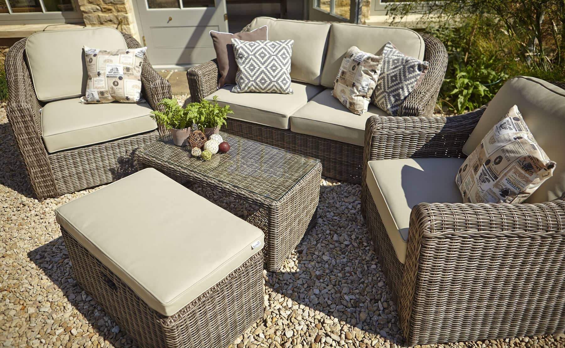 Hartman Semerang Birch Lounge Set With Weather Ready