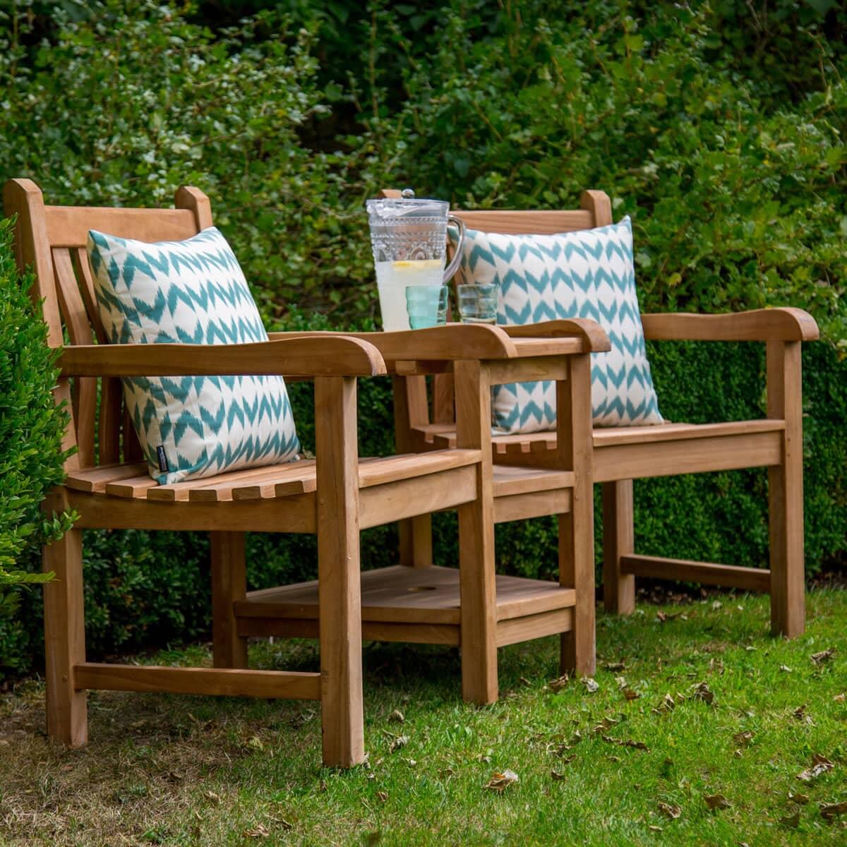 bramblecrest tete a tete hbtt1 garden furniture world. Black Bedroom Furniture Sets. Home Design Ideas