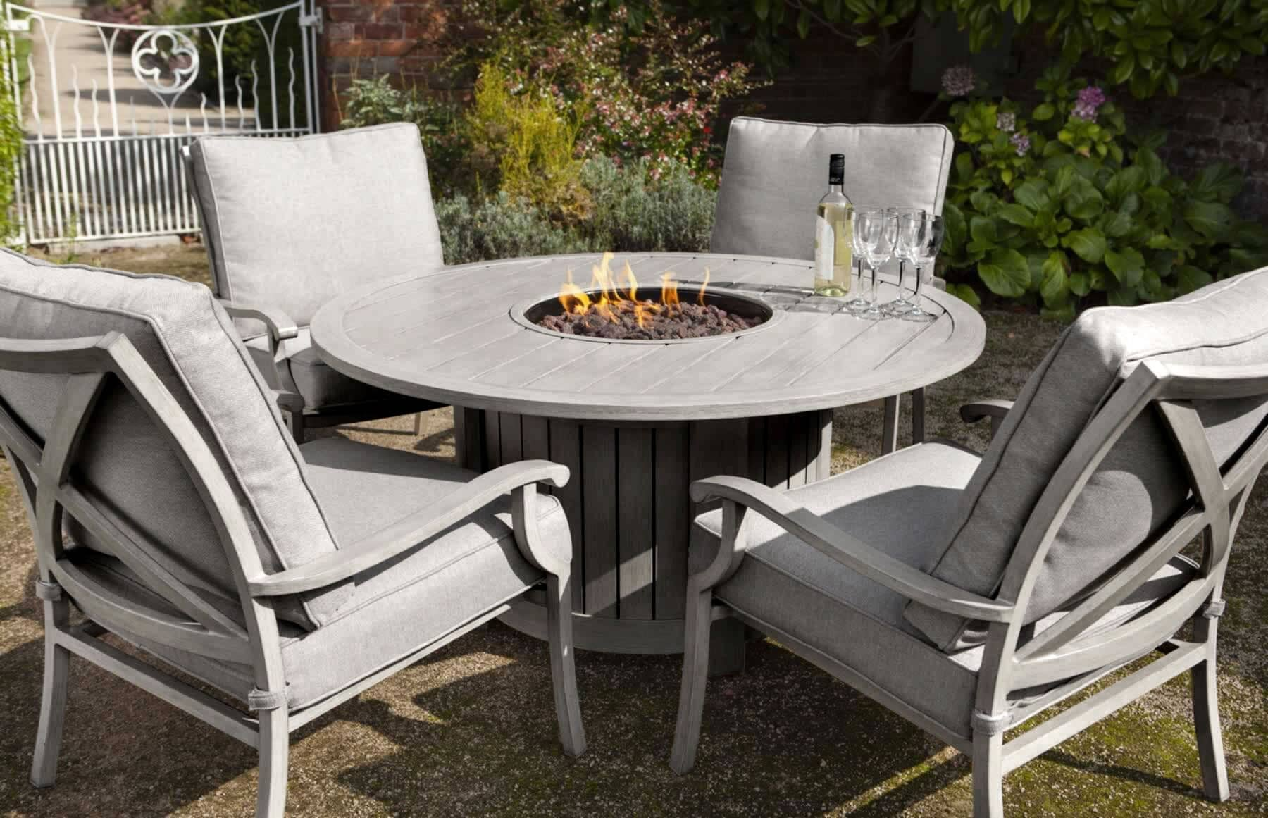Hartman Portland Lounge Gas Fire Pit Set Platinum