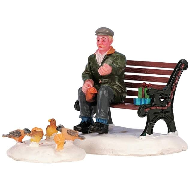 Lemax - Feeding Pigeons Set Of 2